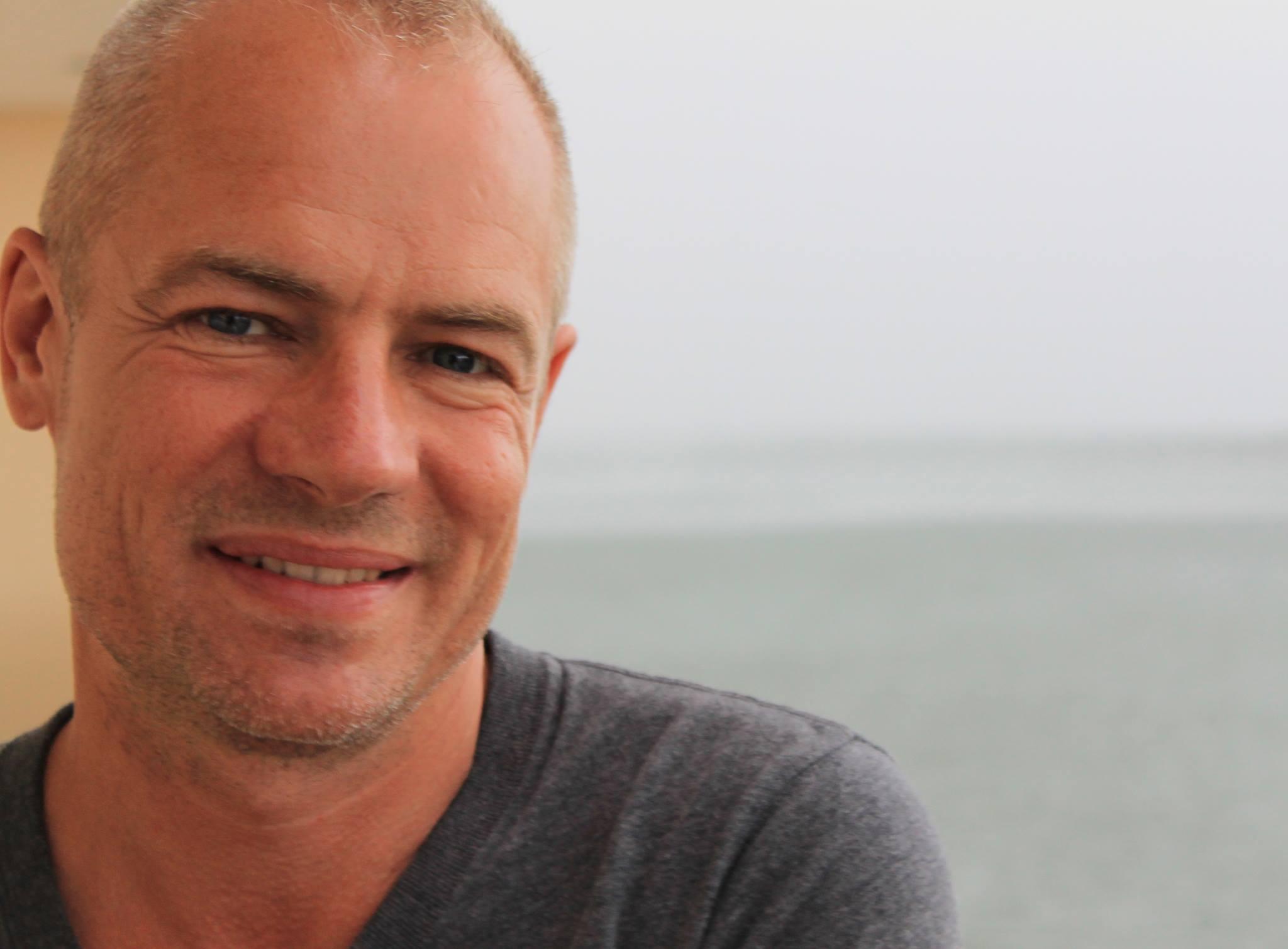 Morten Bruun Larsen – DEN CARIBISKE HØJSKOLE